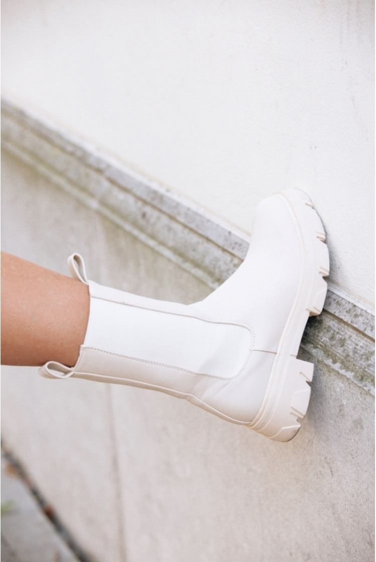 CHUNKY ANKLE BOOTS logo
